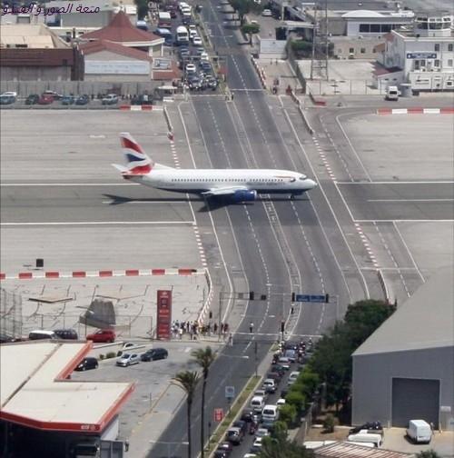 airportingibraltar00235_