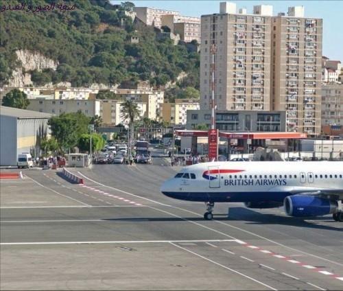 airportingibraltar00435_
