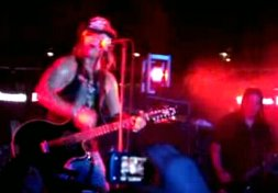 bret michaels every rose has its thorn