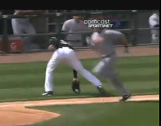 MARK BUEHRLE AMAZING PLAY