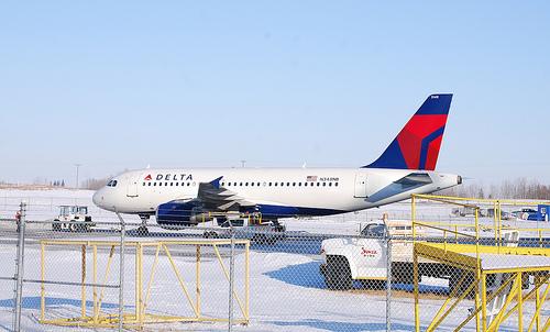 delta airlines snow cancellation atlanta hartsfield