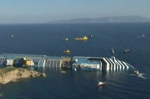 italy cruise ship sunk picture