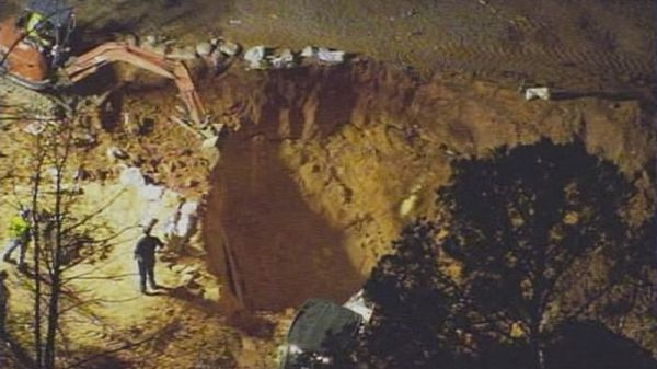 2 children dirt collapse nc