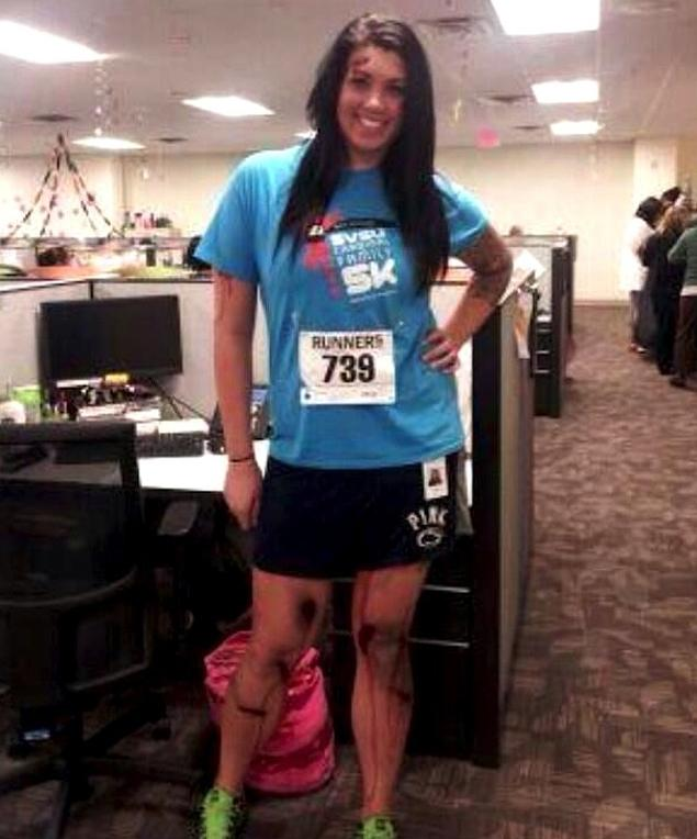 alicia-ann-lynch-boston-marathon-runner-halloween-costume