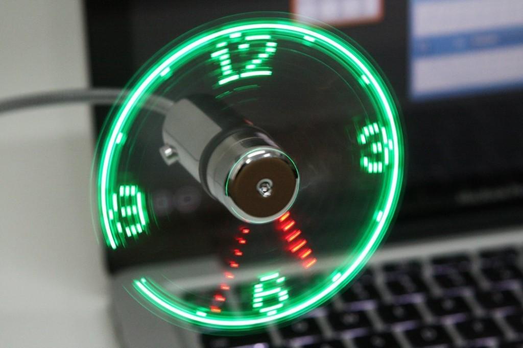 usb-fan-clock-1