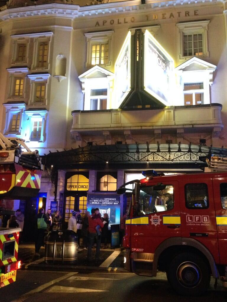 london-apollo-theatre-collapse-pictures