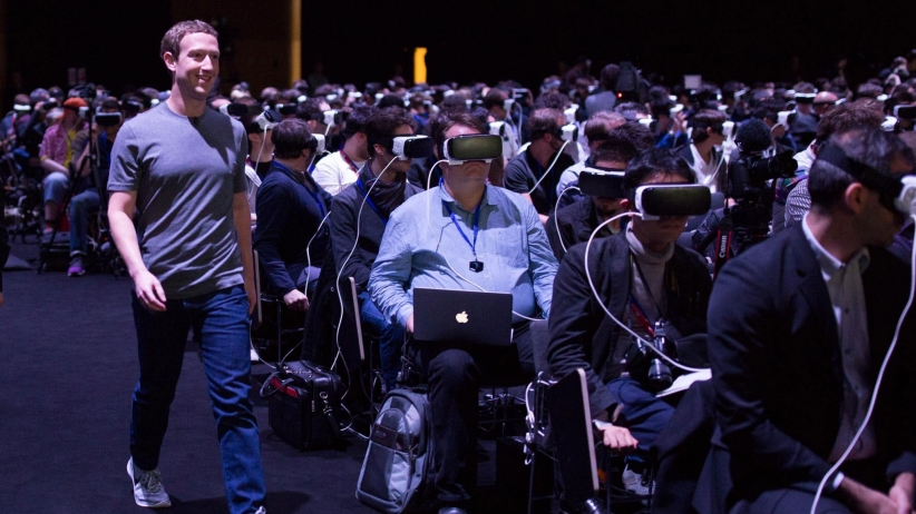 20160222162048-mark-zuckerberg-virtual-reality-oculus